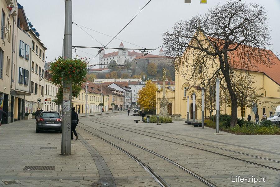 Пешая и трамвайная зона в Братиславе