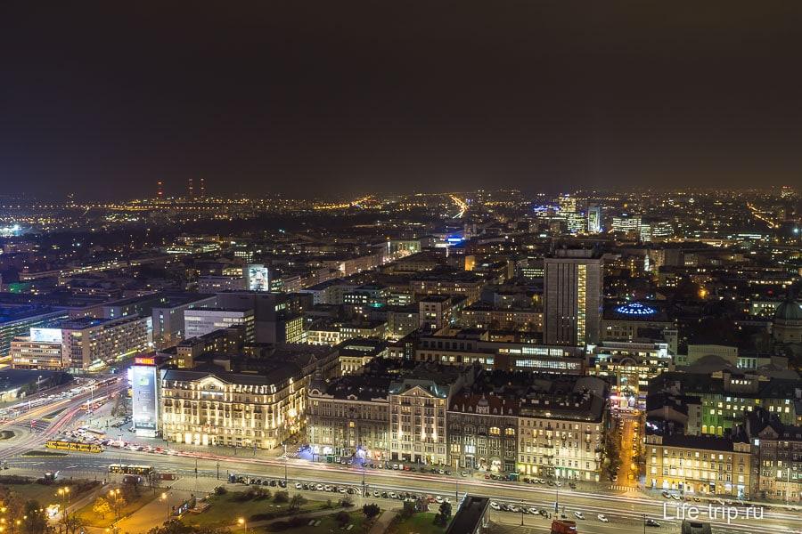 Ночная Варшава, внизу метро Centrum