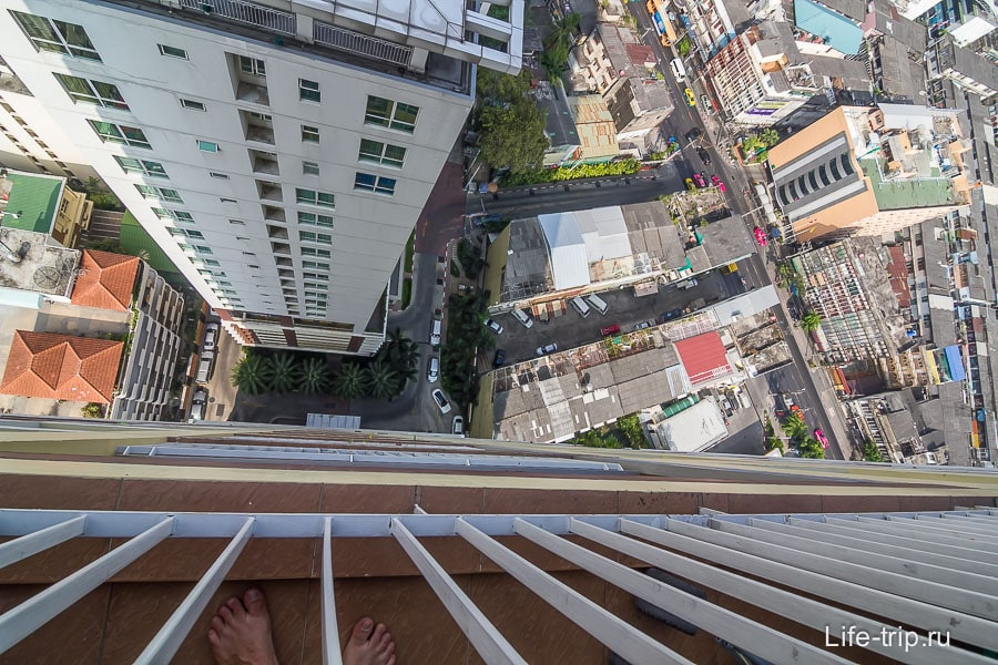 Вид с 29-го этажа, наша квартира в Бангкоке