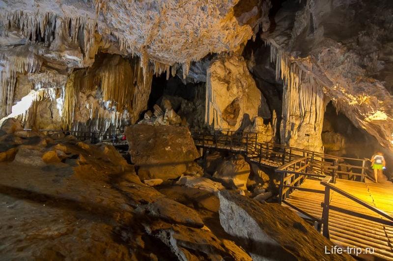 Пещера Phranang Nai