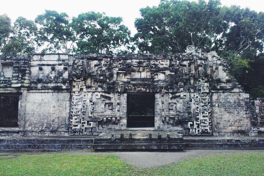 Древние руины майя Бекан, Мексика