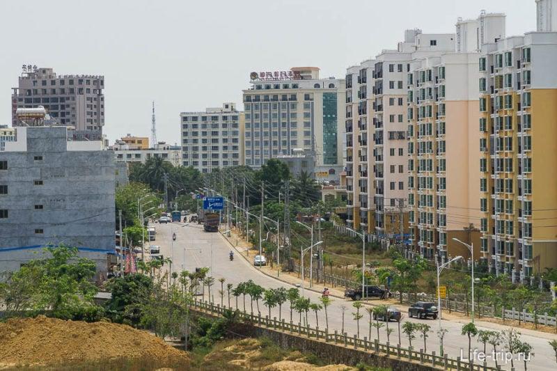 Высотность зданий в целом выше, чем в Таиланде