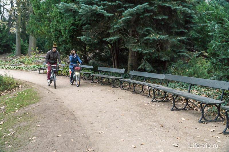 Запрет на велосипеды видимо никак не отслеживается
