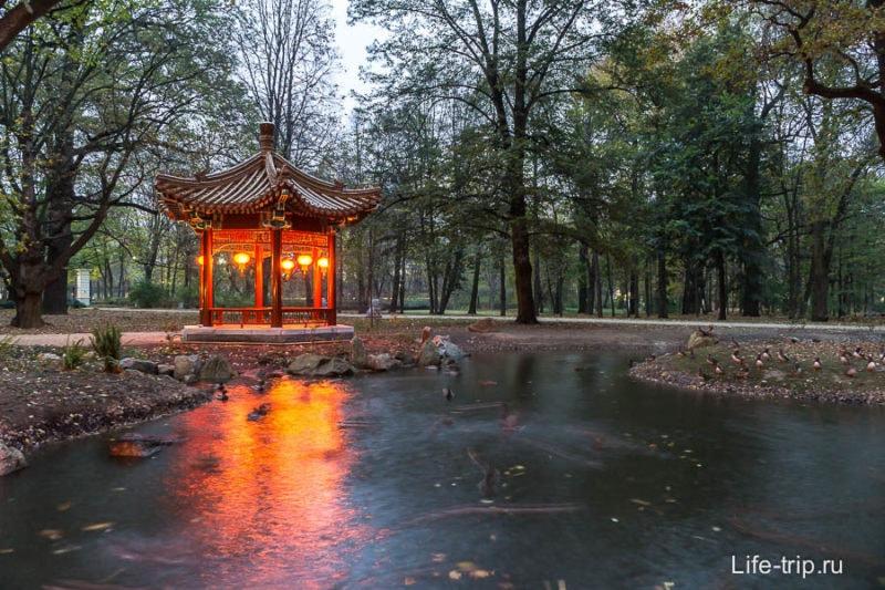 Уголок Китая в парке Лазенки