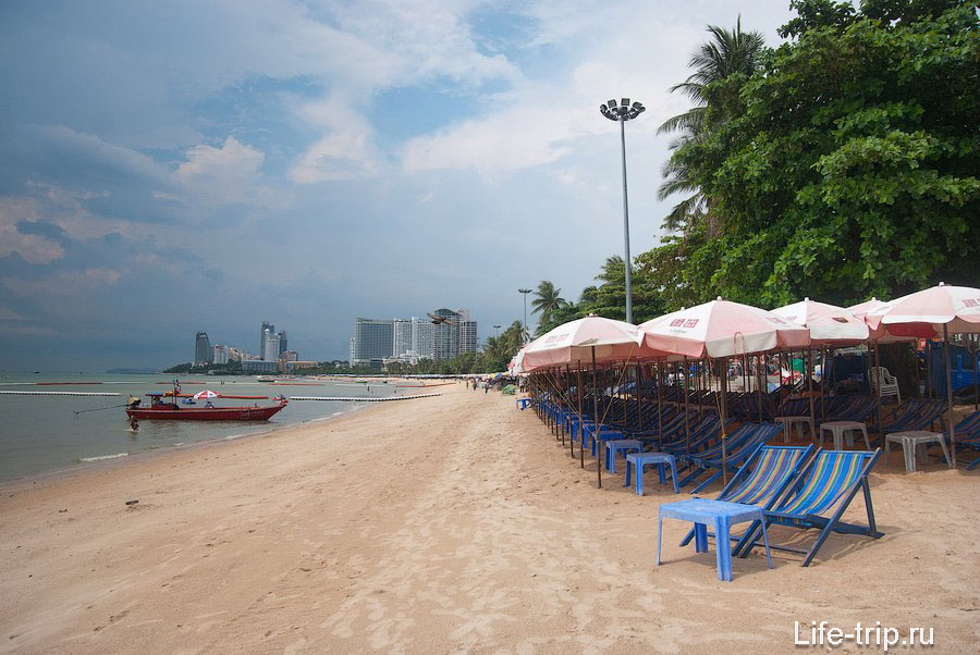Пляж Паттайя бич во время отлива