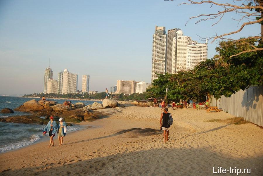 Дикая часть пляжа Вонгамат