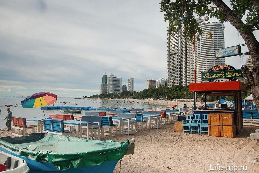 Вид с южной части пляжа