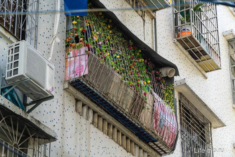 Декоративное украшение балкона