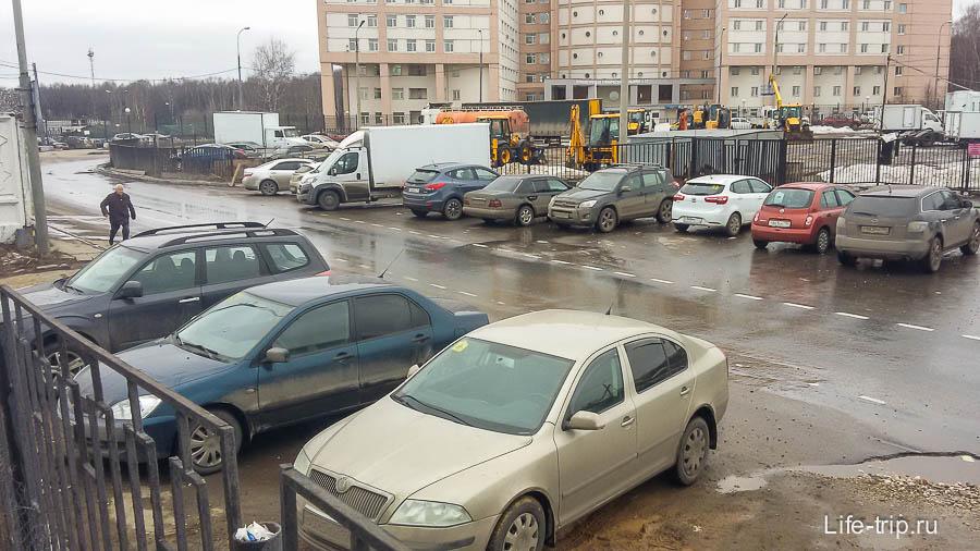 Парковка около ГИБДД на Варшавском шоссе 170Д