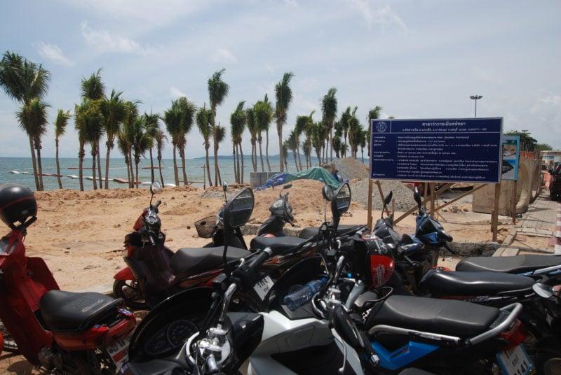 Пляж Донгтан (Dongtan Beach) — опрятное и тихое продолжение Джомтьена