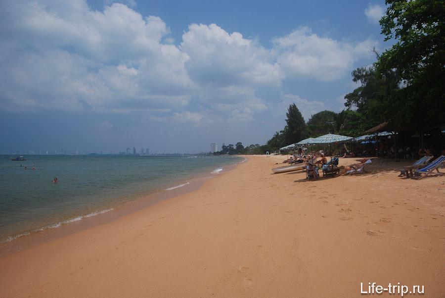 Пляж в районе 56-й улицы