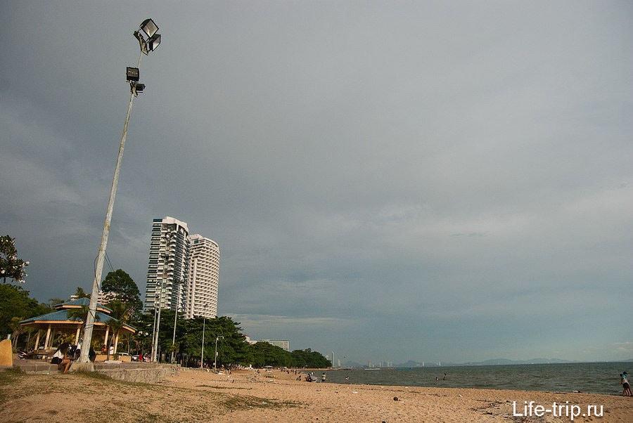 Вид на пляж с северной его части