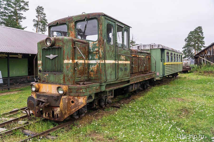 Тепловоз ТУ4-1984, осуществлявший пассажирские перевозки