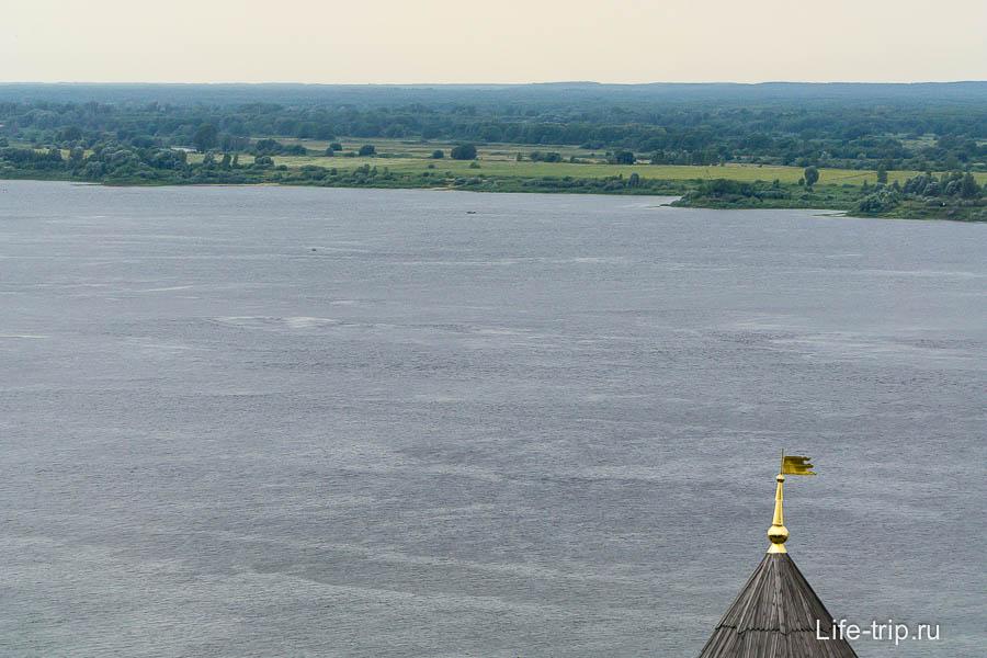 Волга и леса