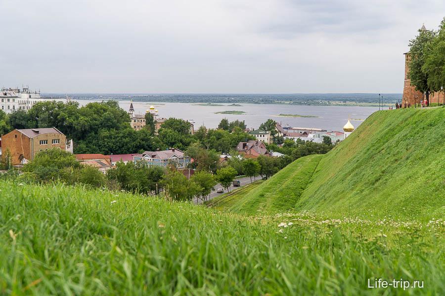 Нижний Новгород, вид на Волгу c Зеленского съезда