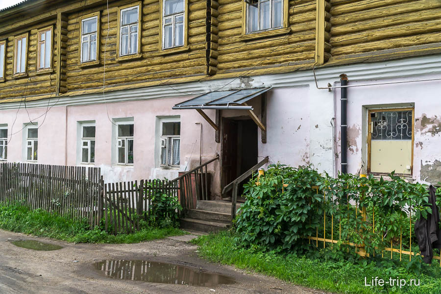 Подъезд в Переславле