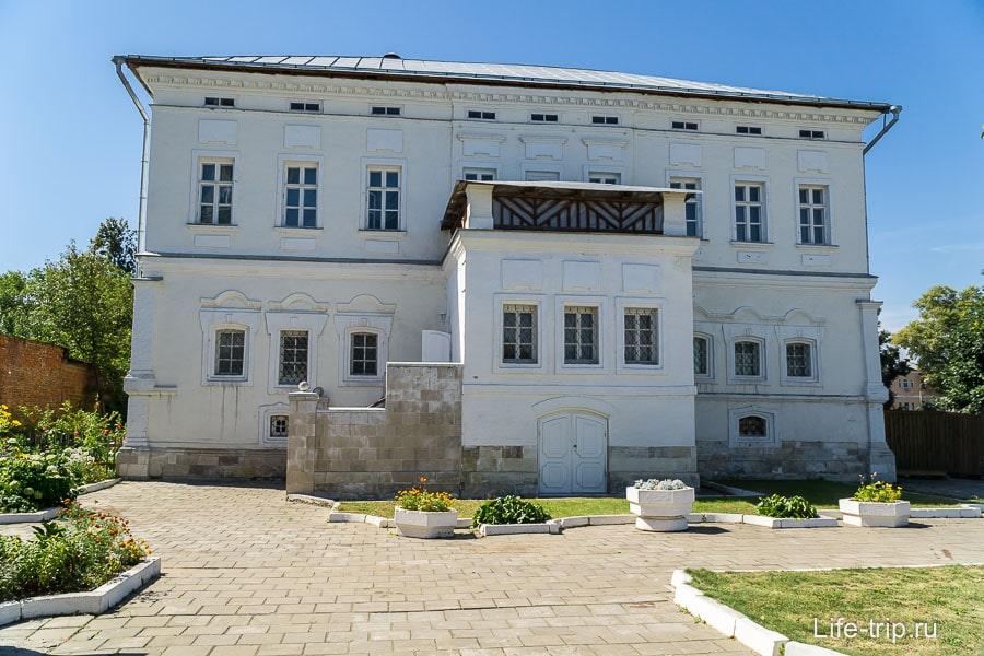 Дом семьи Лажечниковых