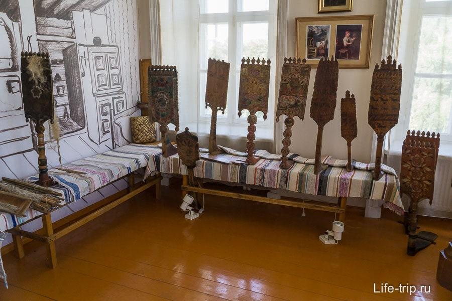 Комната с прядильными принадлежностями
