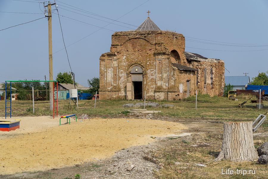 Храм по дороге