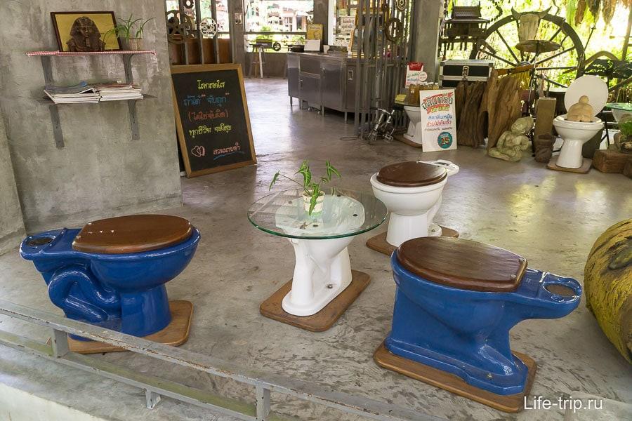 В другом кафе продолжают туалетную тему