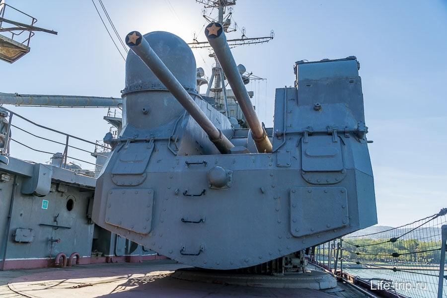 Двухорудийная палубно-башенная установка СМ-5-1С