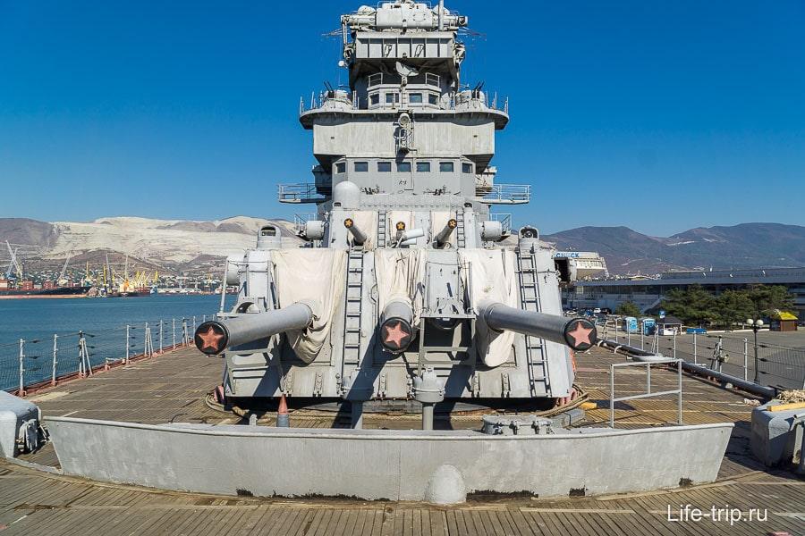 Трехорудийная башенная установка главного калибра Мк-5Бис, калибр 152,4 мм