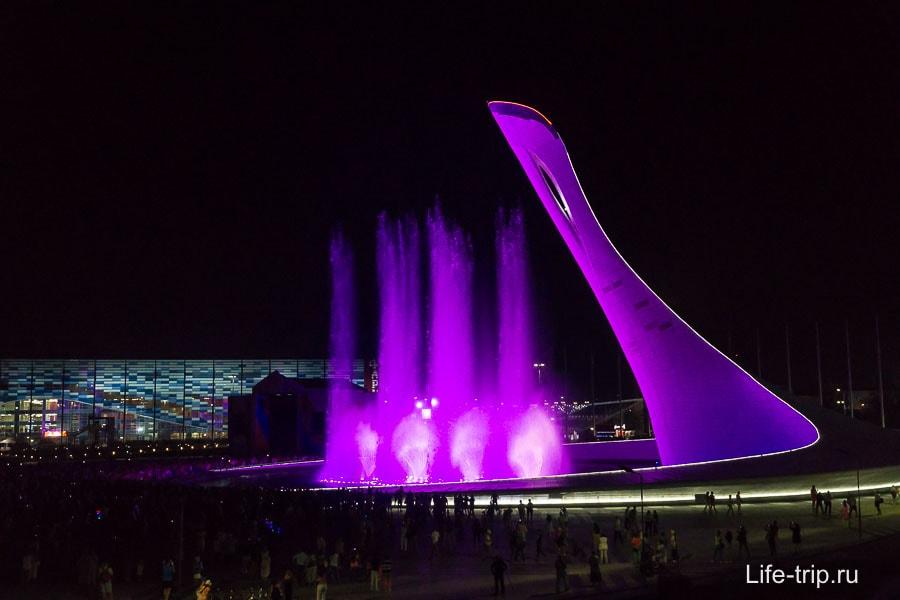 Танцующий фонтан в Олимпийском парке