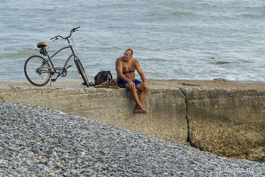 Катайся на велосипеде, купайся, ходи в походы