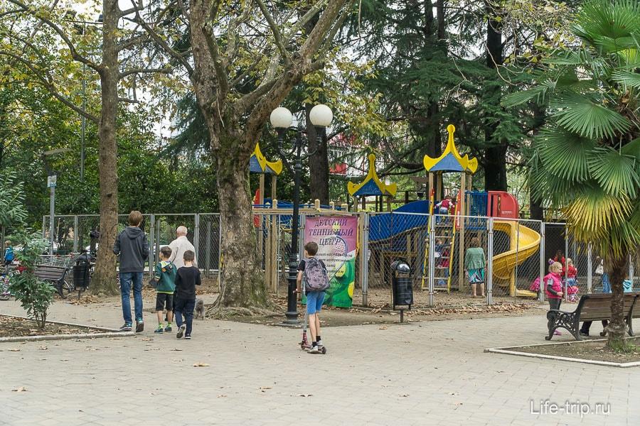 Похоже самая крутая детская площадка в городе