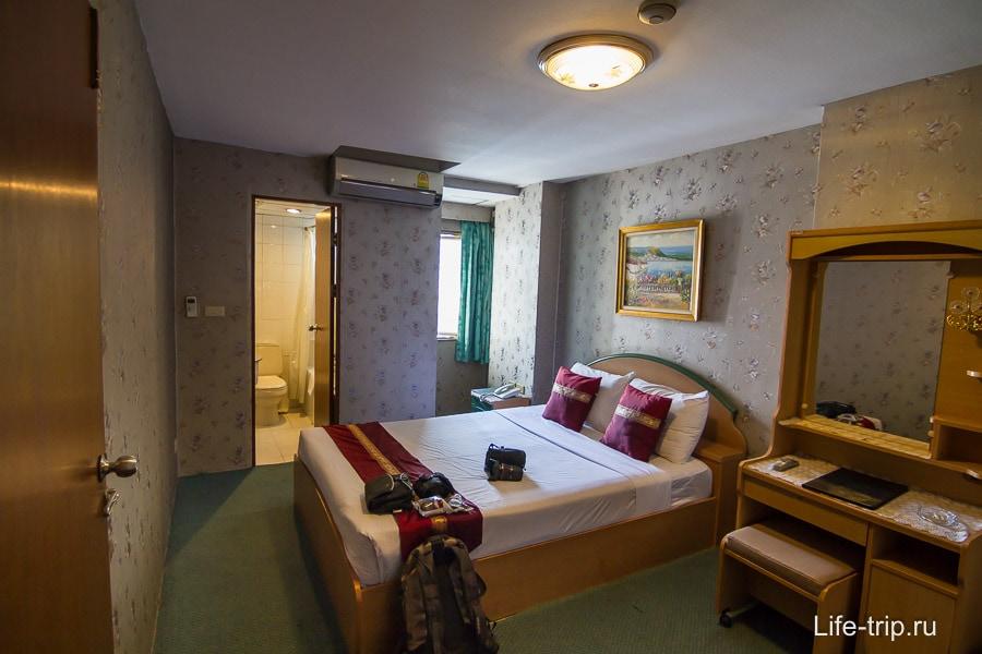 Хороший отель в Бангкоке для транзита Nasa Vegas