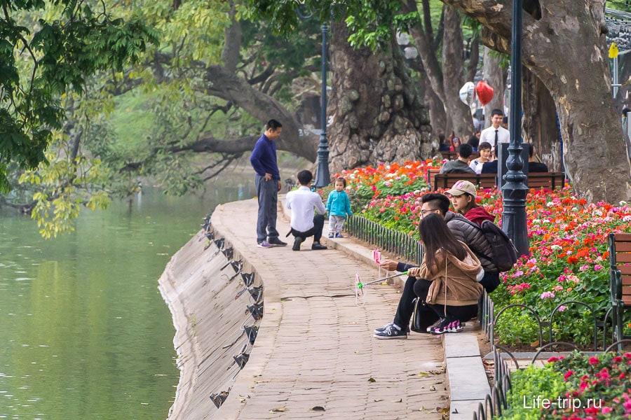 Самые красивые и цивилизованные дорожки около озера