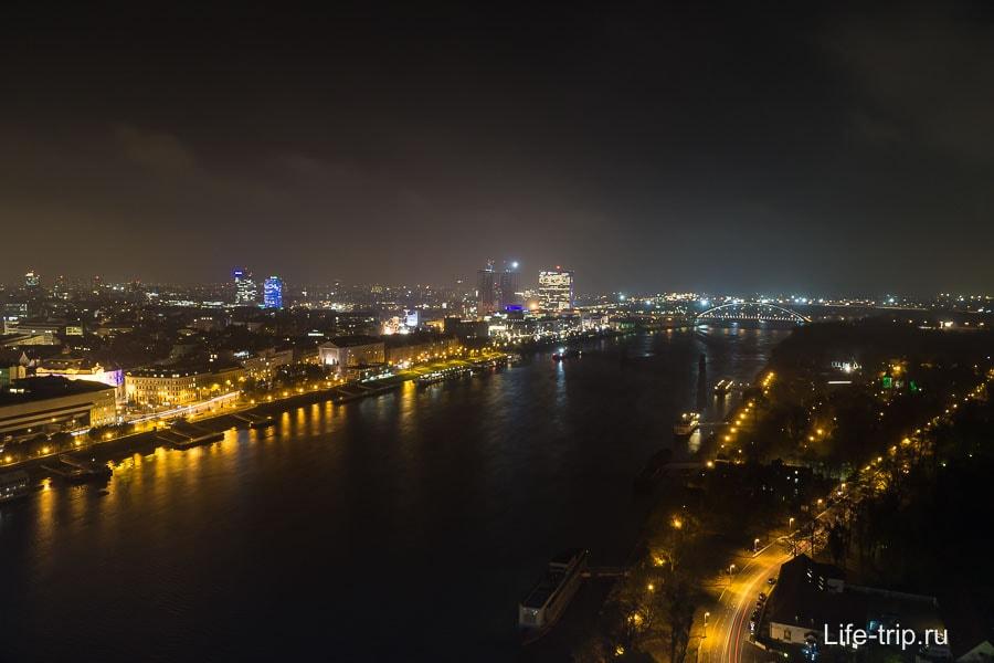 Ночная Братислава и Дунай