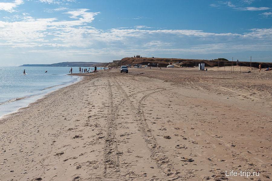 Пляж У озера в Веселовке