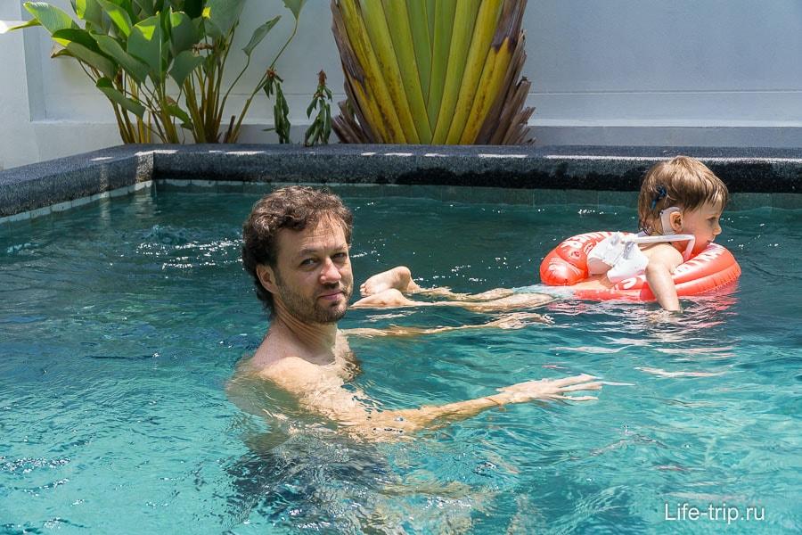 Тут мы плавали, наслаждаяясь последними деньками в Таиланде