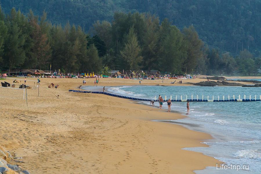 Пляж Банг Нианг