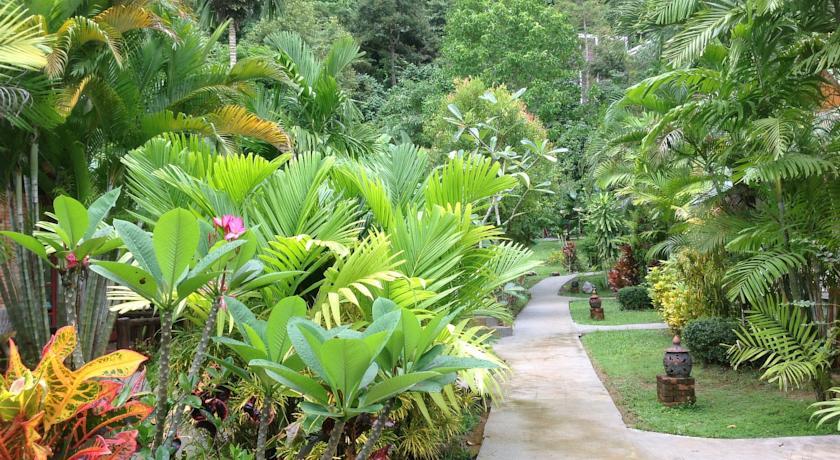 aonang-hotel-tropical
