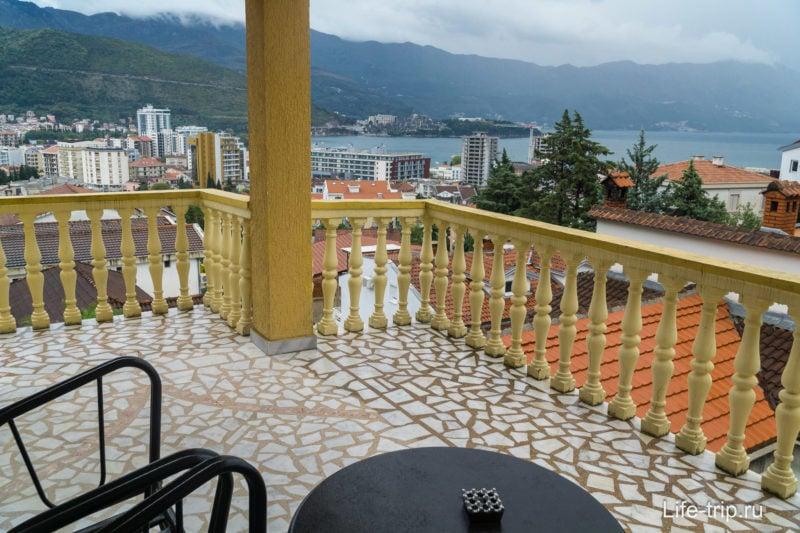 Балкон в гостиной
