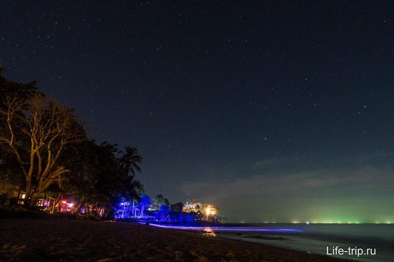 Lonely beach ночью