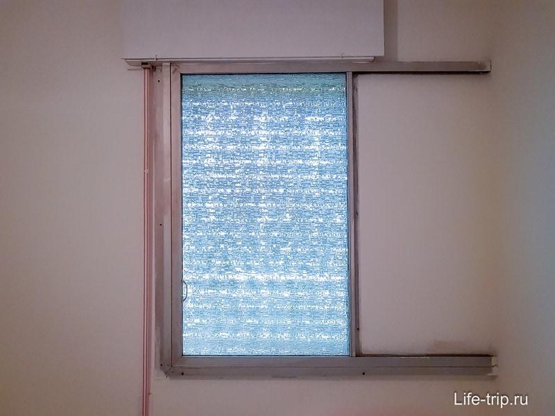 Раздвижные оконные рамы с щелями