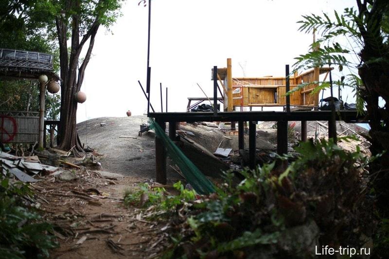Бар Samui Camp - лучший вьпоинт на Самуи и страшные Будды в лесу