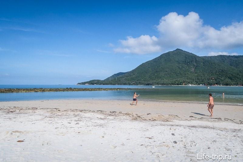 А это левая оконечность пляжа Малибу.