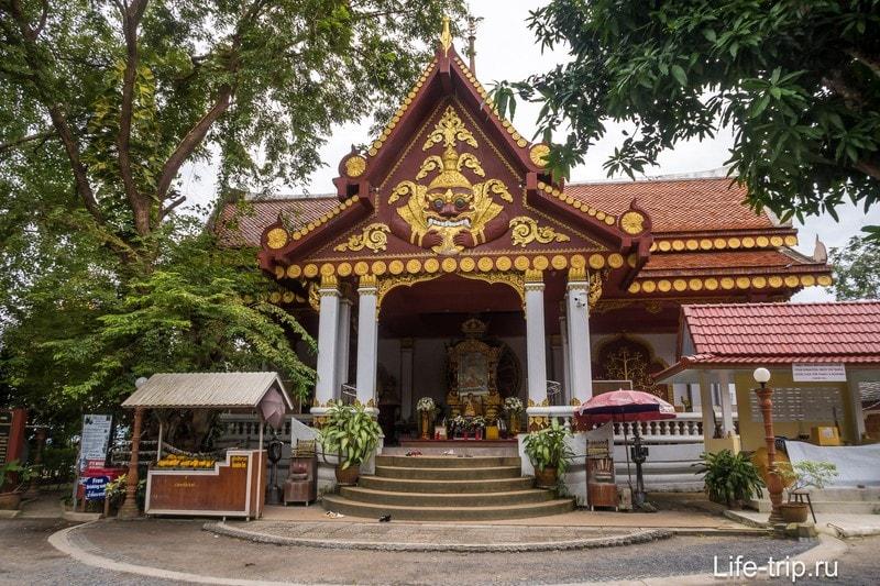 Здание с мумией монаха