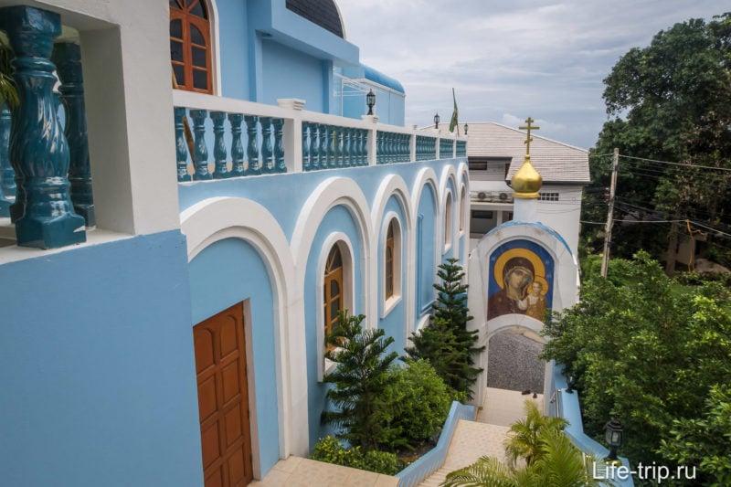 Храм на Самуи назван в честь Вознесения Господня