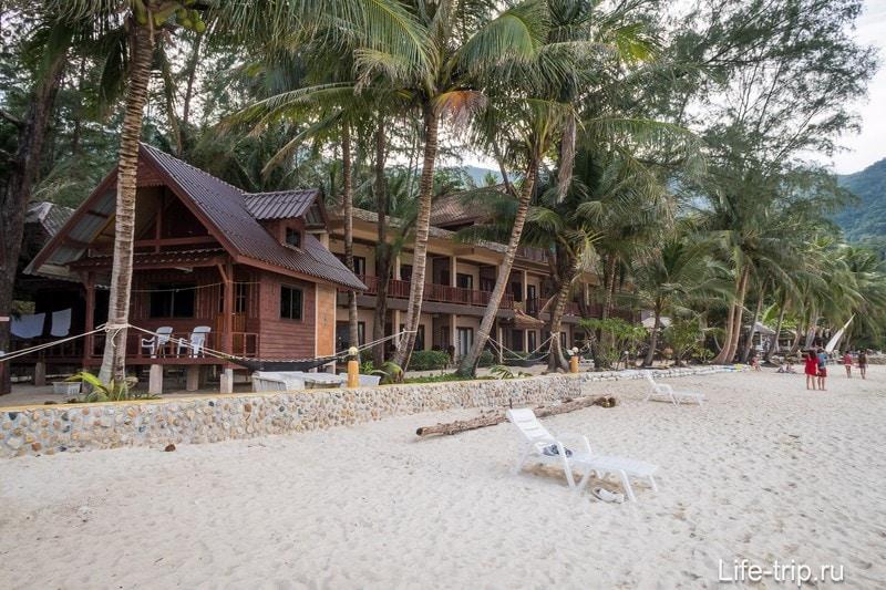 Самый высокий отель на пляже