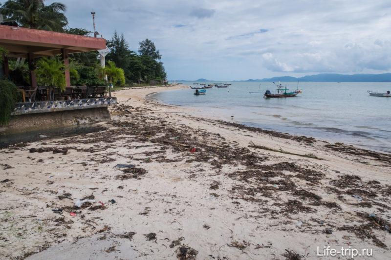 Вид влево от центра Банг Чару