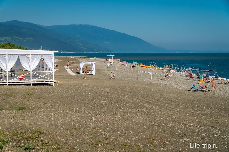 Открыл для себя новый пляж на границе Абхазии и России