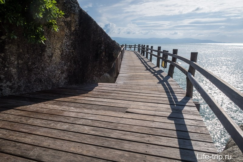 Пешеходный мост к Лайхаусу
