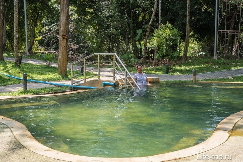 И искусственные водоёмы с целебной водой