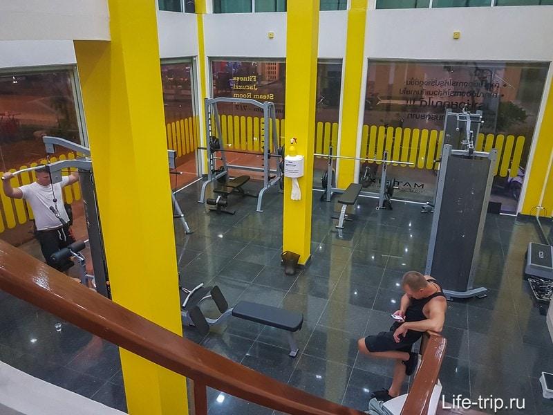 Podium Gym, тренажерный зал на Пангане