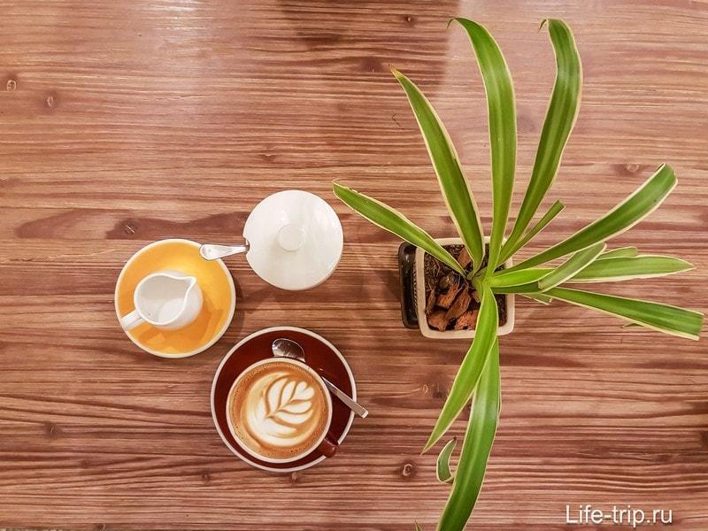 Dots Coffee на Пангане